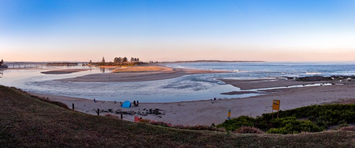 The Entrance Surf at Dusk, Andrew Barnes Photography