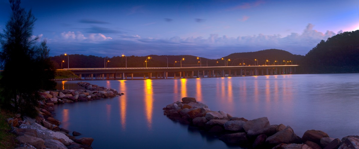 Andrew Barnes Landscape Photography - F3 Peats Ferry Bridge at Sunset